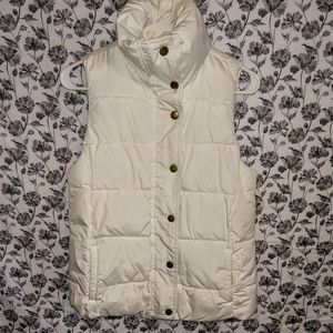 Old Navy- Quilted/White Stand Collar Puffy Vest